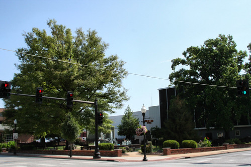 The park at 4th and Main Street