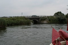 Wassertunnel unter dem Damm von der Bundesstraße 76, Haddebyer Noor Richtung Schlei nach Schleswig - Wikinger Museum Haithabu WHH 31-07-2010