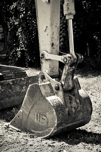 Shovel at Rest