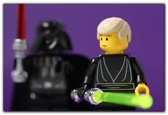 Darth Vader och Luke Skywalker som legofigurer