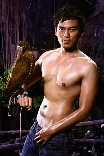 Guji Lorenzana asian shirtless male model