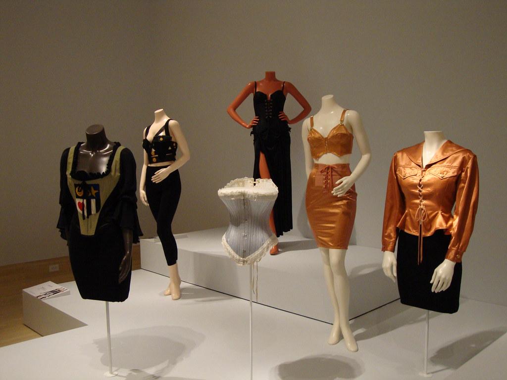 Corset based fashion display