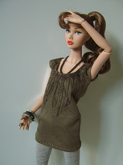 """Feathers"" green (Levitation_inc.) Tags: fashion ooak feathers levitation clothes poppy royalty parker"