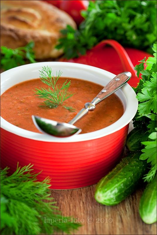 Cucumber and pepper soup (hot)