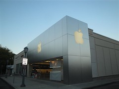 Apple Store (Suburban Square) (Joe Architect) Tags: travel signs philadelphia apple sign retail mall pennsylvania applestore pa philly ardmore 2010 mainline suburbansquare