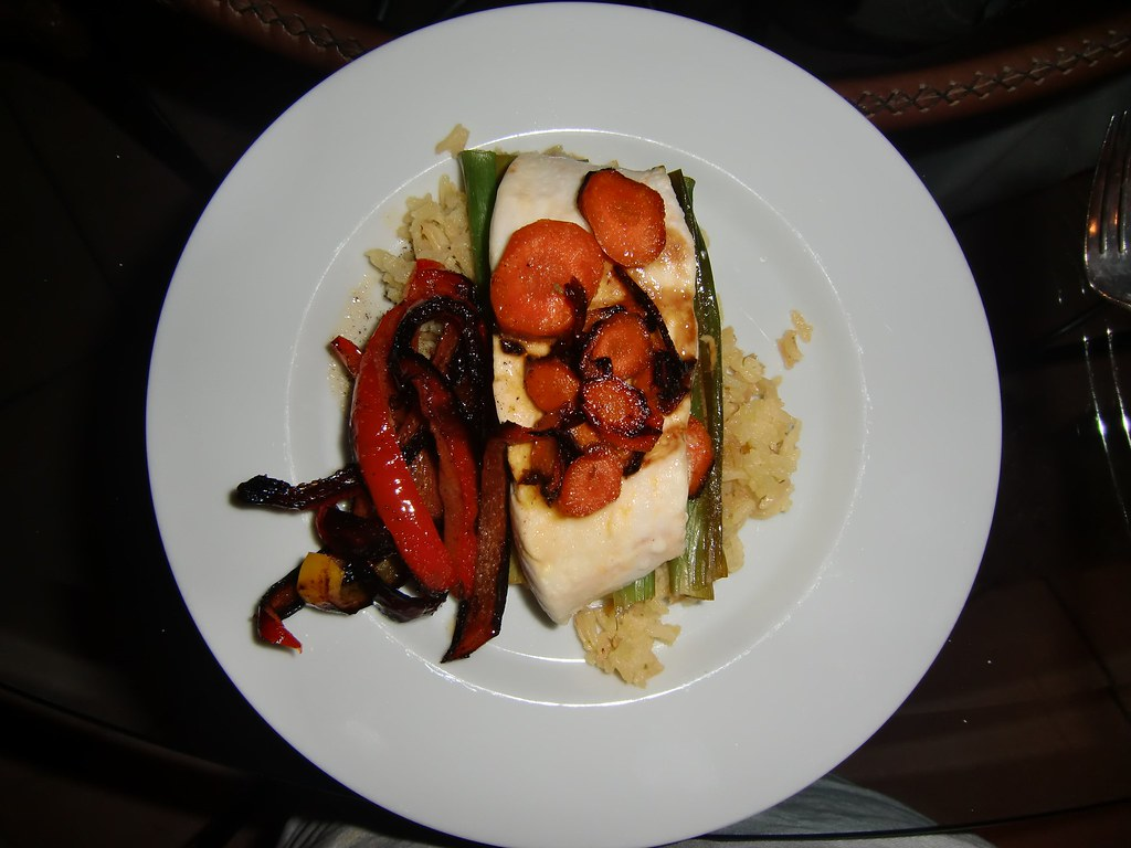 Halibut with Carrots and Orange en Papillote