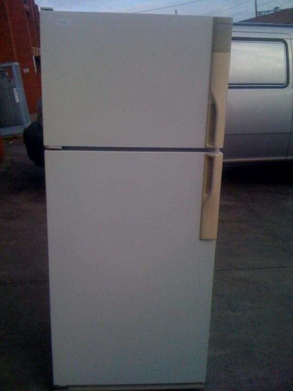 #10091208#   Westingouse Moist Cold 390 Litre Cyclic Defrost fridge $230
