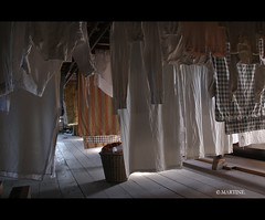 Laundry at the Attic (.MARTINE.) Tags: holland netherlands traditional dry hips laundry mysterious attic openairmuseum enkhuizen martine zolder openluchtmuseum drogen vroeger bygonedays dewas wasserij canoneos40d flickrgolfclub clanflickr zuiderzeemuseun