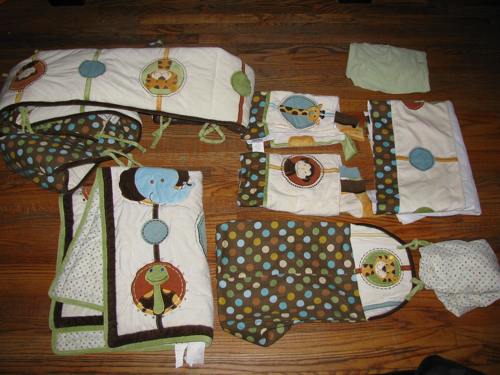 BABY CRIB SET FOR SALE