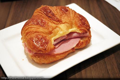 Shots - Croissant Ham & Cheese