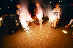 sparklers (three musketeers) (troutfactory) Tags: party summer film japan night fun fireworks availablelight voigtlander rangefinder wideangle sparklers yukata handheld  analogue superia400 15mm bessal wakayama heliar