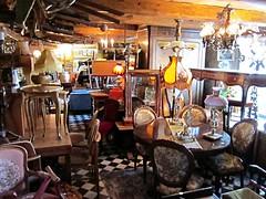 Antiques and bricolage