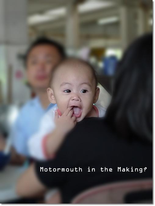Hungry Baby @ Kampar Medan Selera