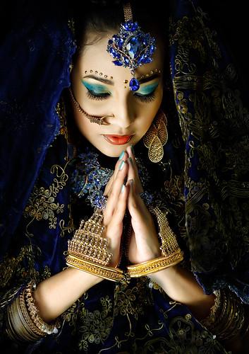 フリー写真素材, 人物, 女性, 祈る, ファッション,