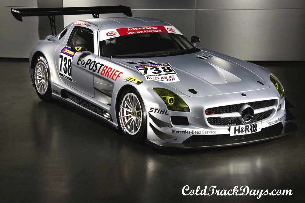 NEWS // SLS AMG GT3 TO MAKE RACING DEBUT @ NURBURGRING