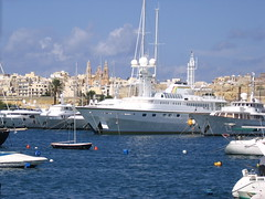 Ta Xbiex super Yaught (anspics) Tags: view malta valletta taxbiex maneolisland