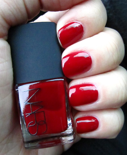 Nars_JungleRed_outside