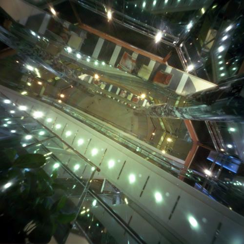 SEOUL Doota 途中階でハリアナ