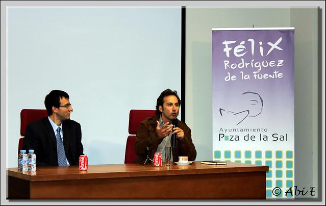 1 Iker Jimenez dando una conferencia sobre Félix Rodriguez de la Fuente