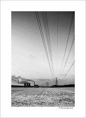 Rugeley Power Station (Mike. Spriggs) Tags: snow station energy power powerlines pylons staffordshire coolingtowers coalfired rugely rugeleypowerstation anicedayforapicnic