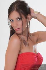 4928678210_1c71d7dcfb_b (SophieMilord) Tags: ca canada montral style qubec tatoo fonds physique roberouge cheveuxlongs cheveuxbruns fondblanc cheveuxraides yeuxbleux yeuxclairs clientrating