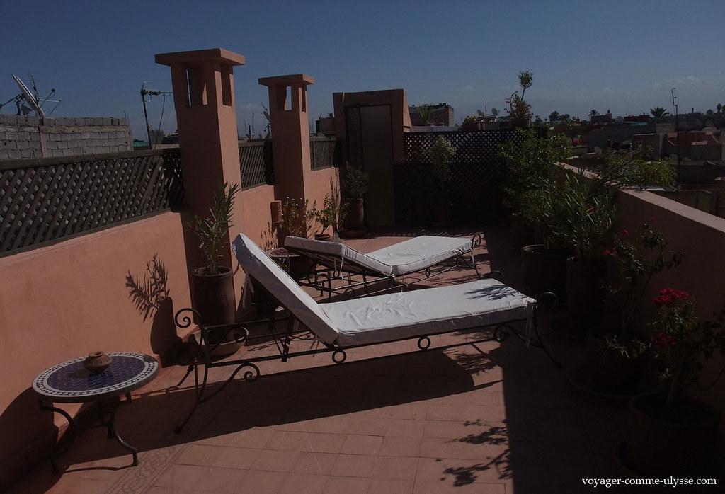 De la terrasse, on peut voir tout Marrakech