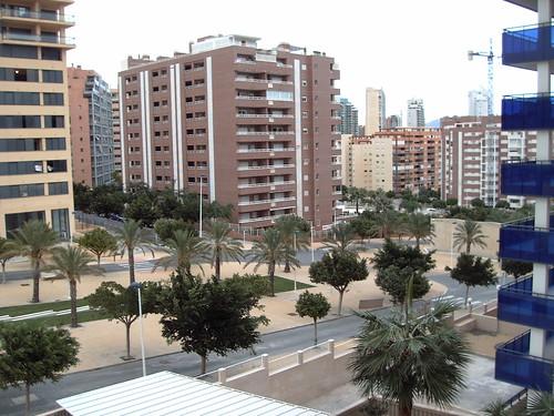 vistas al sur. Les atenderemos en su agencia inmobiliaria de confianza Asegil en Benidorm  www.inmobiliariabenidorm.com