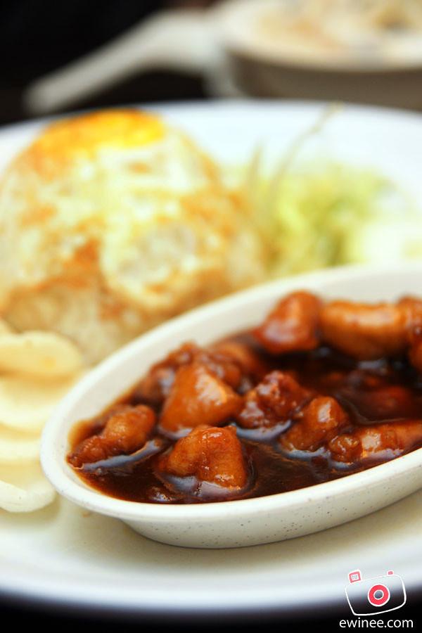 PICADDILY-MILENIUM-SQUARE-PJ-blacksaucechicken