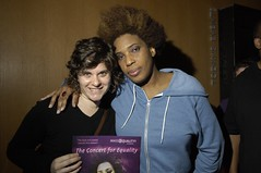 Macy Gray with fan Lauren Swanson (MassEquality) Tags: macygray concertforequality