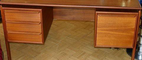 desk1-500x366