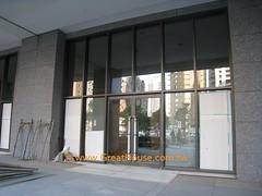 四季天韻:1樓採零店面規劃,門廳挑高8.4米