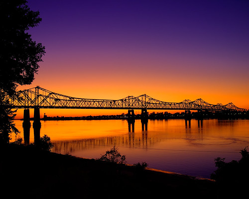 The Natchez-Vidalia Bridge