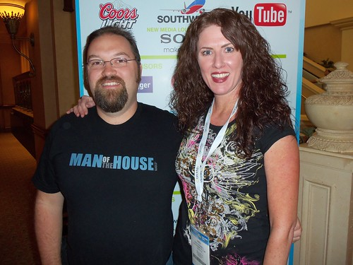 BenSpark and Average Betty at BlogWorld 2010