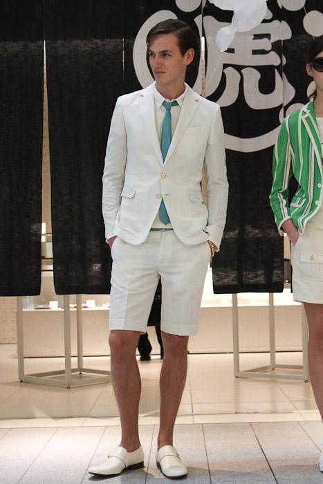 SS11_Tokyo_beautiful people019_Jakob Hybholt(Fashionsnap)