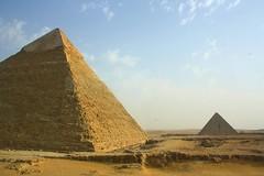 The Great Pyramid (Graeme Flickrman) Tags: sand pyramid egypt egyptian pyramids giza ancientegypt thepyramids thegreatpyramid thepyramidsofgiza