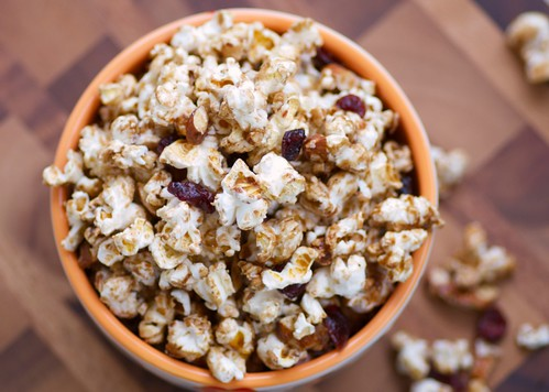 sweet, spicy, nutty Thanksgiving popcorn!