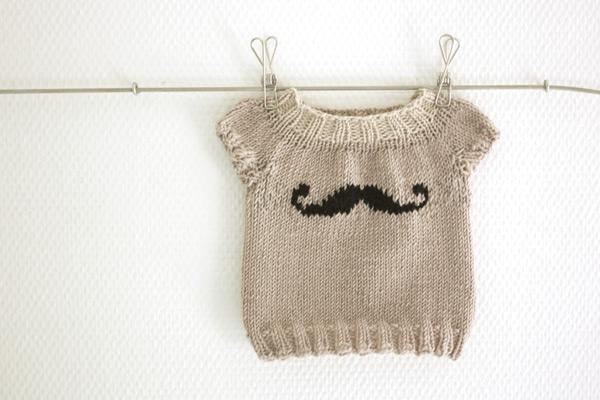 给宝宝织一件可爱毛衣