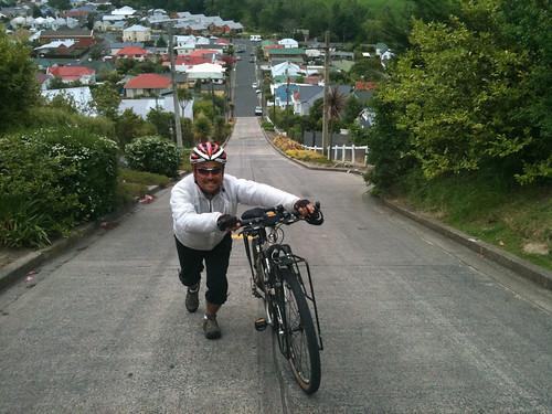 世界一の激坂通りとしてギネスに載るボールドウィン・ストリート
