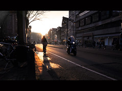 00234 (ferdinand sluiter) Tags: sunset sun holland netherlands sunshine amsterdam bike bicycle square nikon ray traffic dam scooter ferdinand vr 18105 damrak d90 sluiter