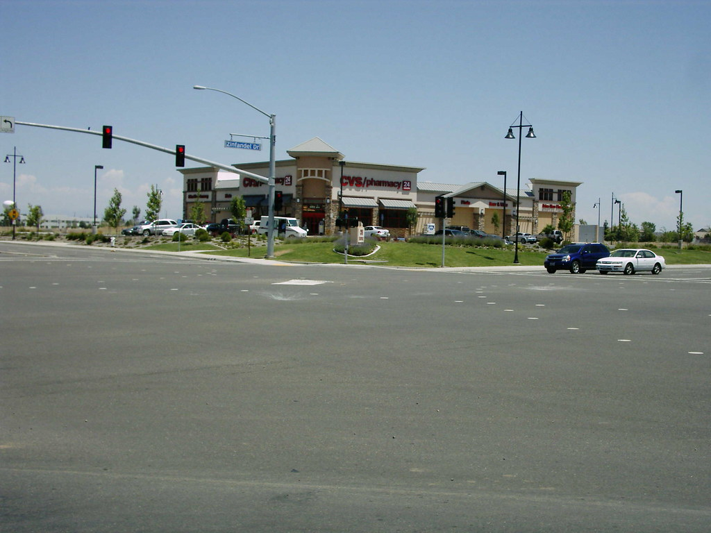 New build CVS/pharmacy in Rancho Cordova