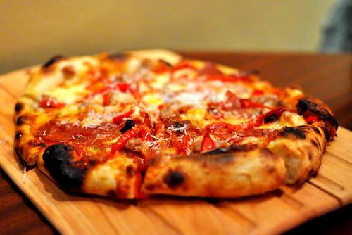 The Luggage Room Pizzeria - Pasadena