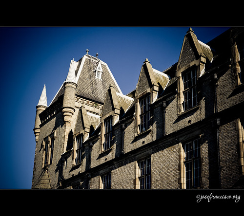 Royal Victoria Patriotic Building [4279]