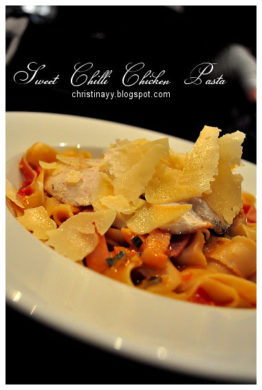 The Angel Cafe: Sweet Chilli Chicken Pasta
