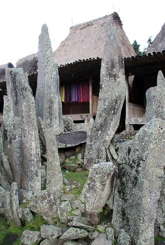 weaving for sale, Bena village