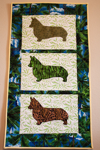 Pembroke Welsh Corgi Tropical Quilted Wall-Hanging