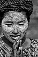 A Burmese Resident Living On Mae Sot Dump (El-Branden Brazil) Tags: poverty charity trash thailand garbage support burma relief dirt help rubbish kindness suffering burmese struggle maesot dumpsite impoverishment ashinsopaka
