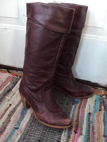 Vintage Tall Maroon/Brown Leather Boots