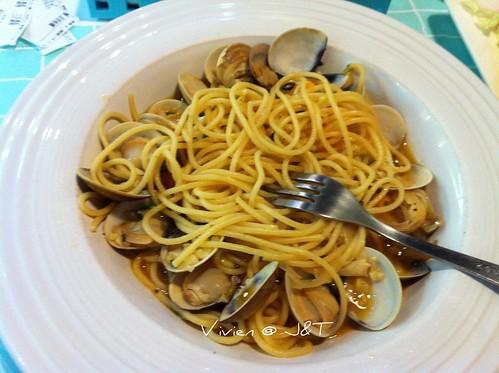 蒜味蛤蜊義大利麵