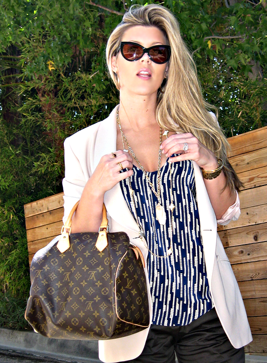 Tom Ford anouk sunglasses+cat eye sunglasses+louis vuitton classic speedy bag+shorts and blazer+gold accessories