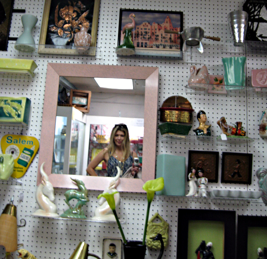 antique mall sherman oaks -6